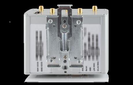 Industrie-Router mdex MX880 mit Halterung für die Hutschiene